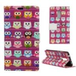 For LG G7 Fit Leather Phone Case / Pattern Printing Stand Wallet Cover – Red Background Owls