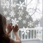 50x35cm Snowflake Frozen Decals Window Wall Stickers Christmas Decor – White