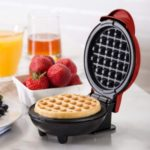 Mini Maker Electric Round Griddle for Individual Pancakes Waffles Cookies Eggs – EU Plug
